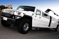 Pearl White wedding car Limousine. H210 Hummer Hire Perth with central vertical opening JET DOOR. Limos Perth for hire