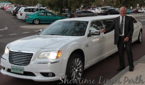 http://www.showtimelimos.com.au/white_chrysler_stretch_limousine_perth.html